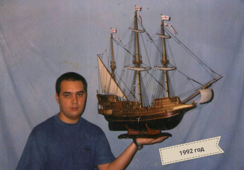 Photo in 1992 - Shamil, master of making showcases and cases for model ships