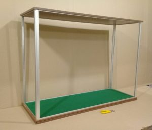 Rectangular display case in the process of manufacturing
